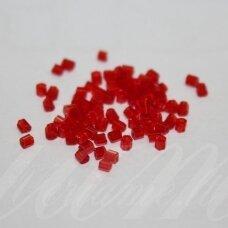 pccb351/31001/90050-11/0 1.7 x 1.9 mm, pailga forma, skaidrus, raudona spalva, apie 50 g.