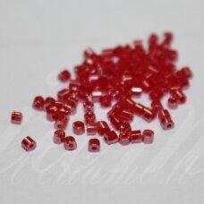 PCCB351/31001/05195-11/0 1.7 x 1.9 mm, pailga forma, rožinė spalva, blizgūs, apie 50 g.