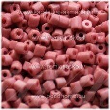 pccb351/34001/07303-10/0 2.2 x 2 mm, pailga forma, rausva spalva, apie 50 g.