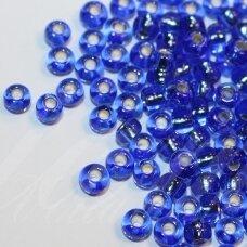 pccb37050-07/0 3.2 - 3.7 mm, apvali forma, mėlyna spalva, viduriukas su folija, apie 50 g.