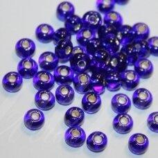 PCCB37100-07/0 3.2 - 3.7 mm, apvali forma, skaidrus, karališko mėlynumo spalva , viduriukas, su folija, apie 50 g.