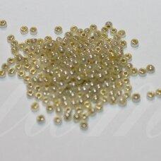 pccb00390-10/0 2.2 - 2.4 mm, apvali forma, samaninė spalva, blizgi danga, apie 50 g.