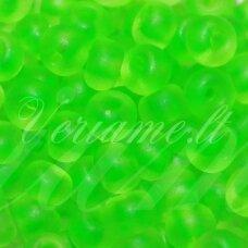 pccb38756-07/0 3.2 - 3.7 mm, apvali forma, skaidrus, neoninė, žalia spalva, apie 50 g.
