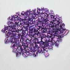 PCCB43001/18528-5/0 5 x 5 mm, trikampio forma, metalizuotas, violetinė spalva, apie 50 g.