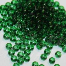 PCCB50060-07/0 3.2 - 3.7 mm, apvali forma, skaidrus, žalia spalva, apie 50 g.