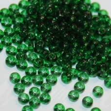 pccb50060-13/0 1.6 - 1.8 mm, apvali forma, skaidrus, žalia spalva, apie 50 g.