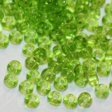 pccb50220-13/0 1.6 - 1.8 mm, apvali forma, skaidrus, žalia spalva, apie 50 g.