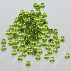pccb57220-13/0 1.6 - 1.8 mm, apvali forma, skaidrus, žalia spalva, viduriukas su folija, apie 50 g.