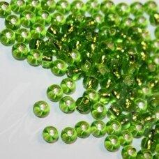PCCB57430-07/0 3.2 - 3.7 mm, apvali forma, skaidrus, žalia spalva, viduriukas, su folija, apie 50 g.