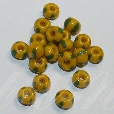 pccb83520-02/0 5.8 - 6.3 mm, apvali forma, geltona spalva, dryžuoti, žalia spalva, apie 50 g.