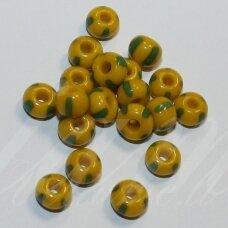 pccb83520-08/0 2.8 - 3.2 mm, apvali forma, geltona spalva, dryžuoti, žalia spalva, apie 50 g.