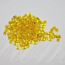 pccb90001/80010-2/4 2 x 4 mm, farfalle forma, skaidrus, geltona spalva, apie 50 g.