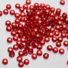 pccb97070-11/0 2.0 - 2.2 mm, apvali forma, skaidrus, raudona spalva, viduriukas su folija, apie 50 g.