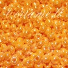 pccb98110-10/0 2.2 - 2.4 mm, apvali forma, oranžinė spalva, perlamutras, apie 50 g.