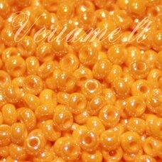 pccb98110-11/0 2.0 - 2.2 mm, apvali forma, oranžinė spalva, perlamutras, apie 50 g.