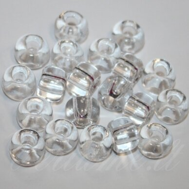 pccb00050-10/0 2.2 - 2.4 mm, apvali forma, skaidrus, apie 50 g.