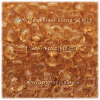 pccb01111-09/0 2.4 - 2.8 mm, apvali forma, skaidrus, rusva spalva, apie 50 g.