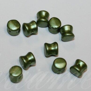 PCCB111/01339/02010/25034-04x6 apie 4 x 6 mm, pellet forma, apie 24 vnt.