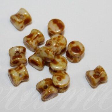 PCCB111/01339/02010/86805-04x6 apie 4 x 6 mm, pellet forma, apie 32 vnt.