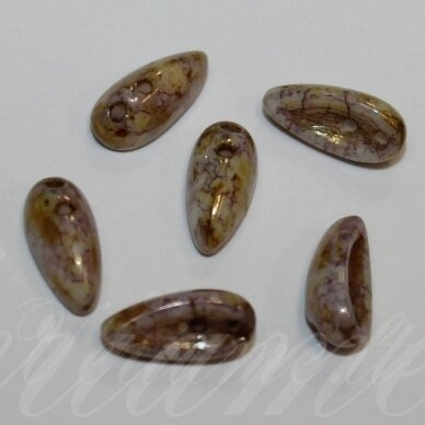 pccb111/01357/02010/15695-04x11 apie 4 x 11 mm, chilli forma, apie 19 vnt.