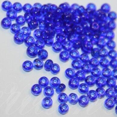 pccb30080-13/0 1.6 - 1.8 mm, apvali forma, skaidrus, tamsi, mėlyna spalva, apie 50 g.