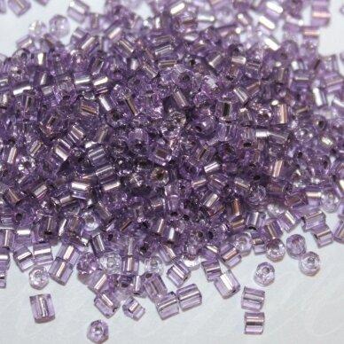 pccb31001/781228-08/0 2.5 x 2.5 mm, pailga forma, violetinė spalva, viduriukas su folija, apie 50 g.