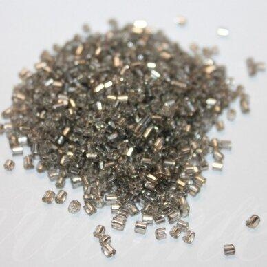 PCCB31001/78141-09/0 2.4 - 2.4 mm, pailga forma, skaidrus, viduriukas su folija, apie 50 g.