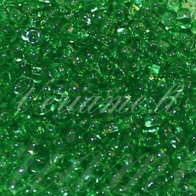 pccb311/29001/50100-11/0 2.0 - 2.2 mm, apvali forma, skaidrus, tamsi, žalia spalva, kvadratinė skylė, apie 50 g.