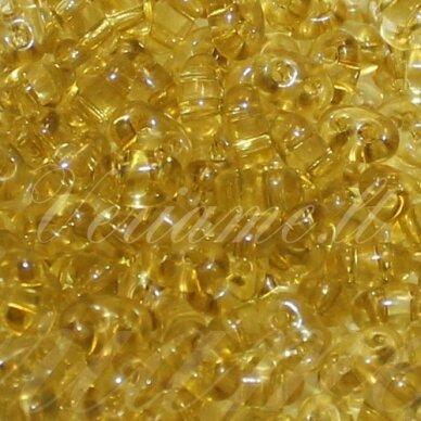pccb321/96001/01151-2.5 x 3 x 5 mm, twin forma, skaidrus, geltona spalva, apie 20 g.