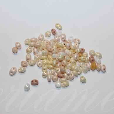 pccb321/96001/mix53-2.5 x 3 x 5 mm, twin forma, kreminė spalva, mix, apie 20 g.