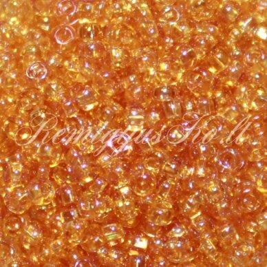 pccb331/29001/11050-09/0 2.4 - 2.8 mm, apvali forma, skaidrus, oranžinė spalva, ab danga, kvadratinė skylė, apie 50 g.