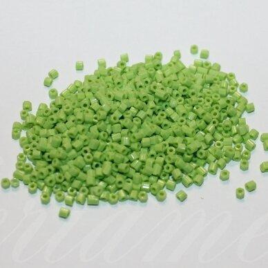 pccb31001/53310-10/0 2.2 x 2 mm, pailga forma, salotinė spalva, apie 50 g.