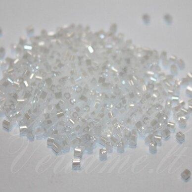 PCCB351/31001/57102-11/0 1.7 x 1.9 mm, pailga forma, balta spalva, blizgūs, apie 50 g.