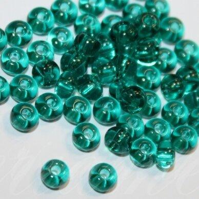 pccb50710-15/0 1.4 - 1.5 mm, apvali forma, elektrinė spalva, apie 50 g.