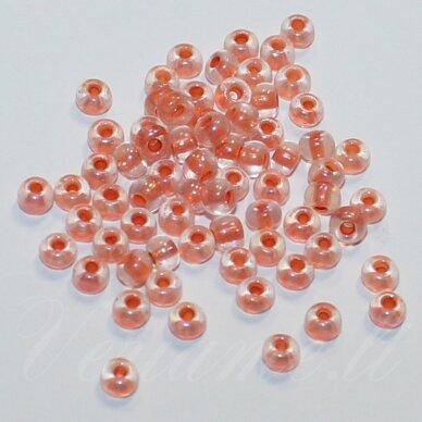 PCCB58589-06/0 3.7 - 4.3 mm, apvali forma, skaidrus, viduriukas oranžinė spalva, apie 50 g.