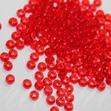 pccb90070-15/0 1.4 - 1.5 mm, apvali forma, skaidrus, raudona spalva, apie 50 g.