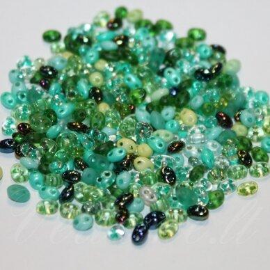 PCCB96001/mix56-2.5 x 3 x 5 mm, twin forma, žalia spalva, mišinys, apie 50 g.