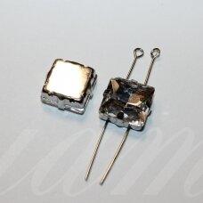 PJA4M01-KVAD-10x10 apie 10 x 10 mm, 4 skylių, metalo spalva metalinis pagrindas, kvadrato forma, skaidrus, prisiuvama juvelyrinė akutė, 4 vnt.