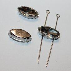 pja4m01-pai-07x15 apie 7 x 15 mm, 4 skylių, metalo spalva metalinis pagrindas, pailga forma, skaidrus, prisiuvama juvelyrinė akutė, 6 vnt.