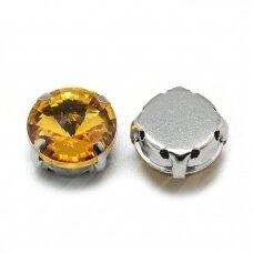pja4m13-disk-12 apie 12 mm, 4 skylių, metalo spalva, metalinis pagrindas, disko forma, geltona spalva, prisiuvama juvelyrinė akutė, 4 vnt.