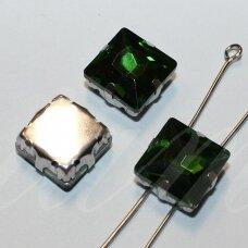 pja4m14-KVAD-10x10 apie 10 x 10 mm, 4 skylių, metalo spalva metalinis pagrindas, kvadrato forma, žalia spalva, prisiuvama juvelyrinė akutė, 4 vnt.