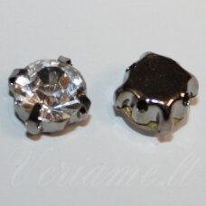 pja4tm01-06x4 apie 6 x 4 mm, 4 skylių, tamsinto metalo spalva metalinis pagrindas, disko forma, skaidri spalva, prisiuvama juvelyrinė akutė, 8 vnt.