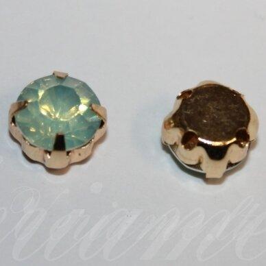 pja4g04-06x4 apie 6 x 4 mm, 4 skylių, auksinė spalva, metalinis pagrindas, disko forma, žalsva spalva, prisiuvama juvelyrinė akutė, 8 vnt.