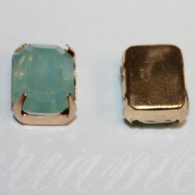 PJA4G04-STAC- 10x8x6 apie 10 x 8 x 6 mm, 4 skylių, auksinė spalva metalinis pagrindas, stačiakampio forma, akutės žalsva spalva, prisiuvama juvelyrinė akutė, 4 vnt.