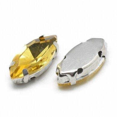 pja4m13-pai-04x8 apie 4 x 8 mm, 4 skylių, metalo spalva metalinis pagrindas, pailga forma, geltona spalva, prisiuvama juvelyrinė akutė, 8 vnt. 2