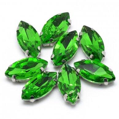 pja4m14-pai-07x15- apie 7 x 15 mm, 4 skylių, metalo spalva metalinis pagrindas, pailga forma, žalia spalva, prisiuvama juvelyrinė akutė, 6 vnt.