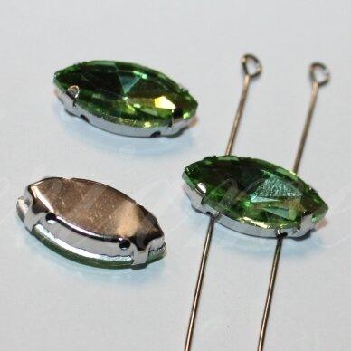 pja4m23-pai-09x18 apie 9 x 18 mm, 4 skylių, metalo spalva, metalinis pagrindas, pailga forma, žalia spalva, prisiuvama juvelyrinė akutė, 3 vnt. 3
