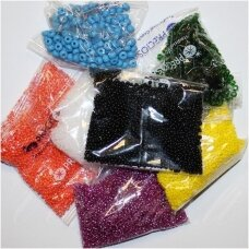 """""""Preciosa"""", czech seed beads, round shape, 10/0 ( 2.2mm - 2.4mm) size, mix collor 20 packets x about 50 gr. total about 1 kg."""