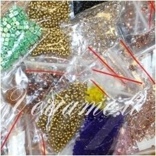 """""""Preciosa"""", czech seed beads, round shape, 12/0 - 16/0 ( 1.3mm - 2.0mm) size, mix collor 20 packets x about 50 gr. total about 1 kg."""