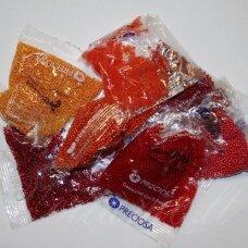 Preciosa firmos čekiškas biseris, apvali forma, įvairūs dydžiai, raudona spalva, mišinys, 1 kg.